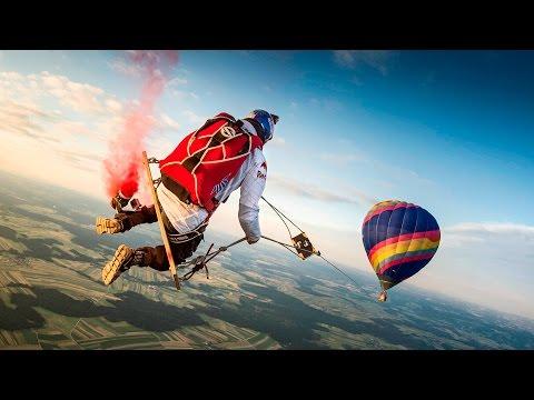 спорт, необычное, картинки - Захватывающее видео того, как скайдайверы качались в небе на гигантских качелях