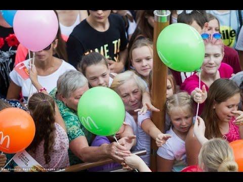Открытие Макдональдс в Томске, вот он, вкус свободы и демократии