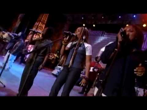 Bob Marley´s Family (HD Live) - Could you be loved (AMAZING!!!!)