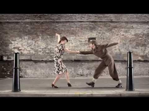 """мужчина-женщина, красота, знания - Образец визуализации информации: Видео """"100 лет моды всего в 100 секундах"""""""