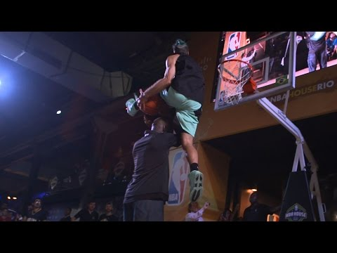 NBA Legends' CRAZY Reactions to 6'1'' Dunker