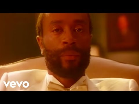 Bobby McFerrin - Don't Worry Be Happy (Official Music Video)