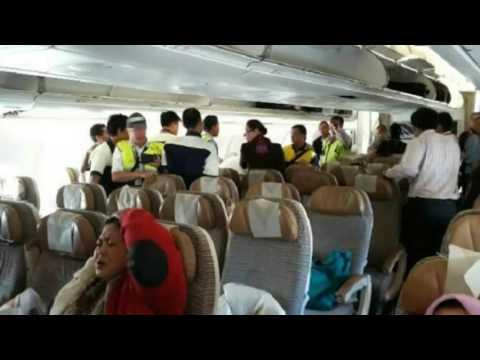 Dramatic footage of Turbulence on Air Etihad Flight EY 474