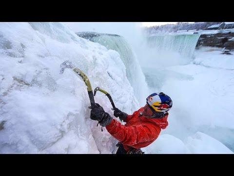 спорт, необычное, красота - Первый человек в мире, забравшийся на Ниагарский водопад против течения