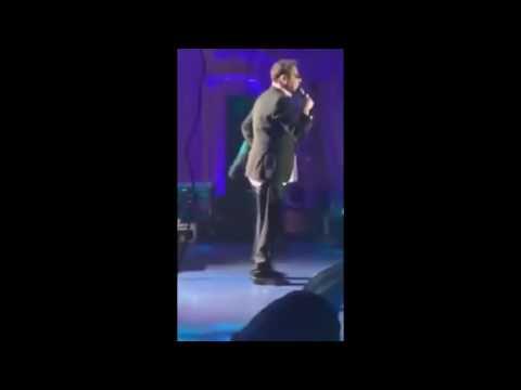 Пьяный Григорий Лепс упал на сцене на своем концерте в Ростове на Дону