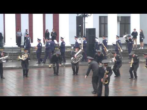 Оркестр Нацгвардии Украины сыграл песню про лабутены - украина, соцсети, музыка