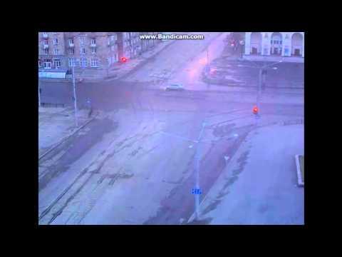 спорт, россия, знаменитости, авто - Видео: вратарь сборной России протаранил дом, скрываясь от полиции