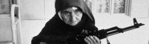 Любители гламура идут мимо: 32 исторических снимка, свидетельствующих о женской силе и храбрости больше, чем тысячи слов